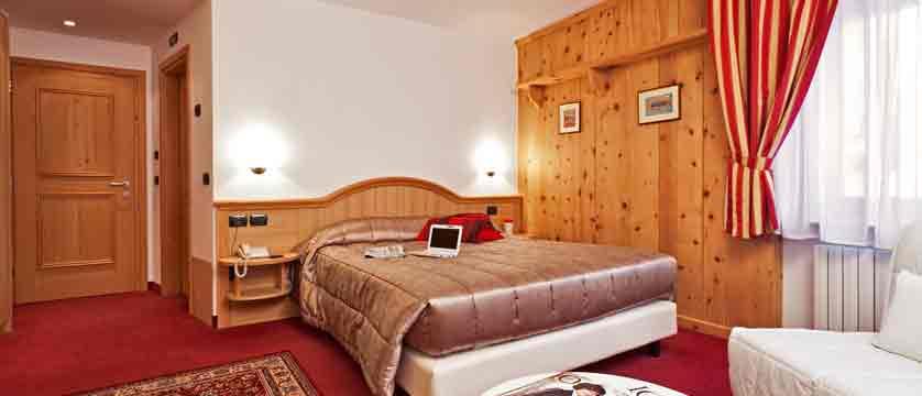italy_livigno_hotel-livigno_junior-suite.jpg